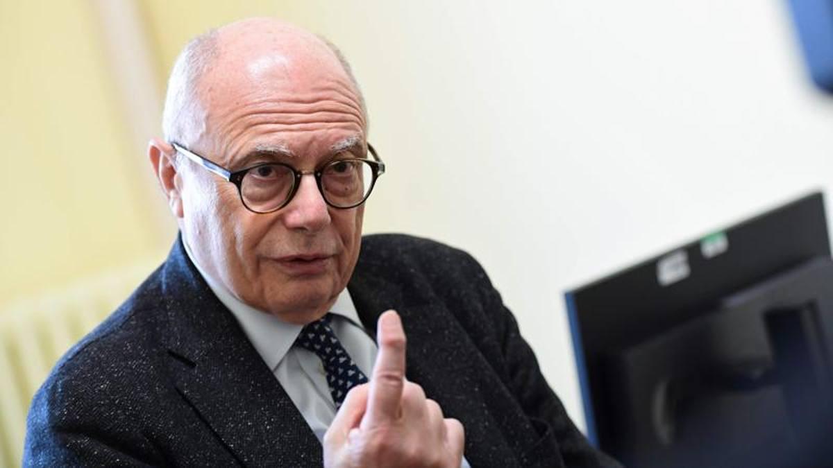 """Massimo Galli: """" E' possibile reinfettarsi al Covid"""