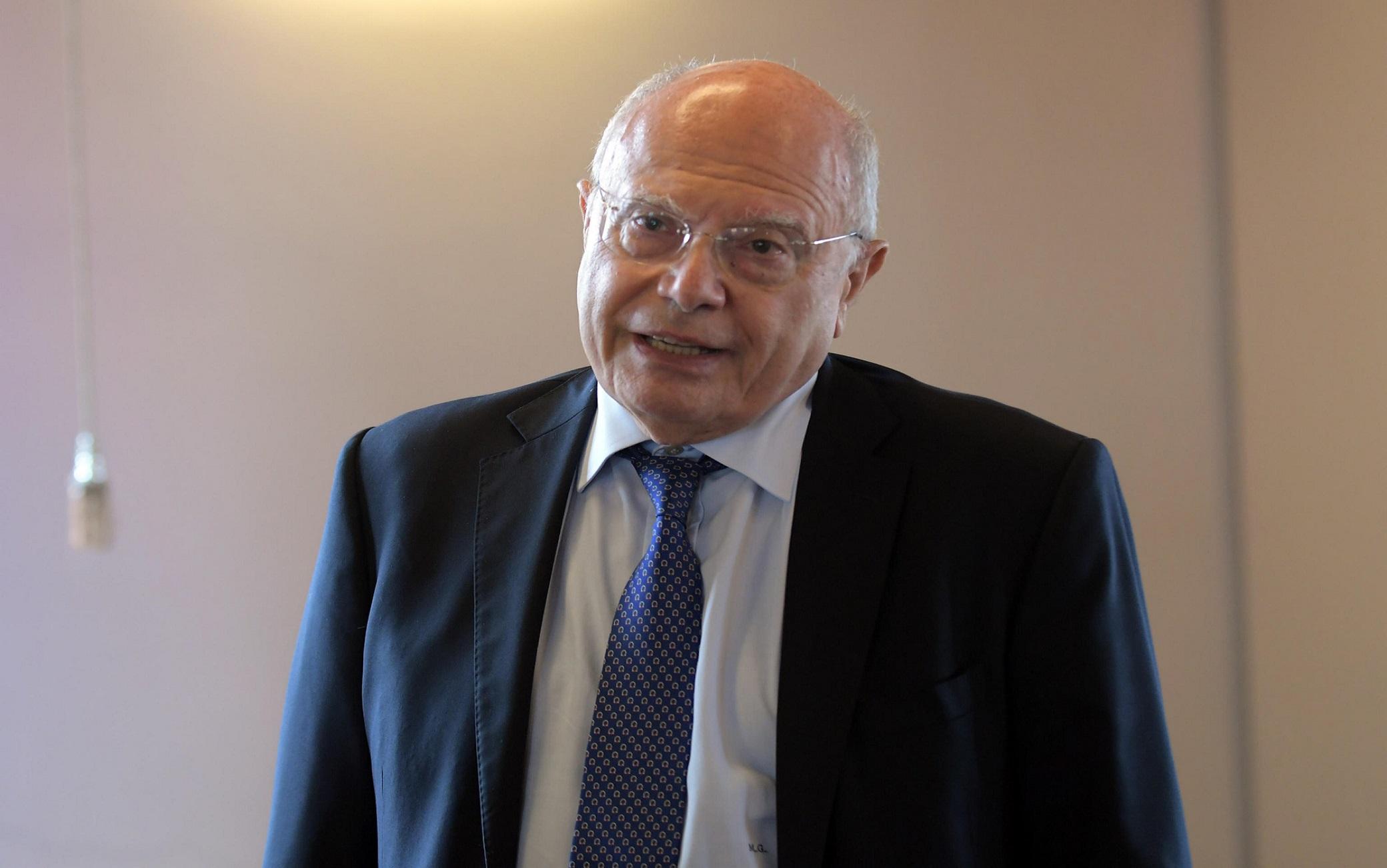 """Massimo Galli: """" E'possibile reinfettarsi al Covid"""