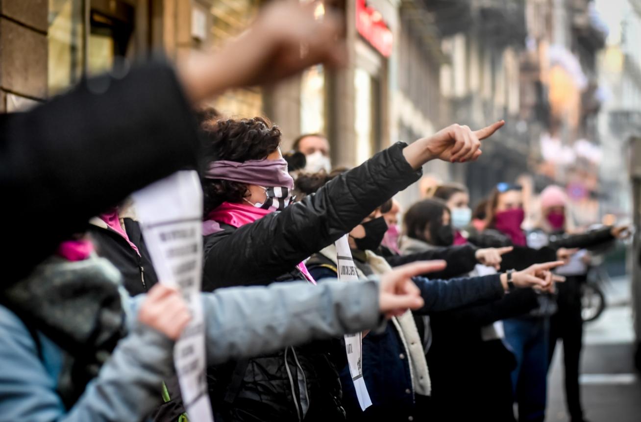 Manifestazione contro Alberto Genovese