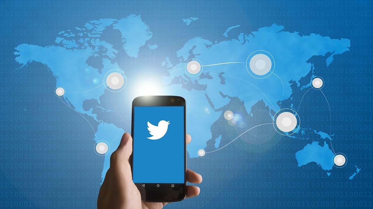 Twitter spunta blu