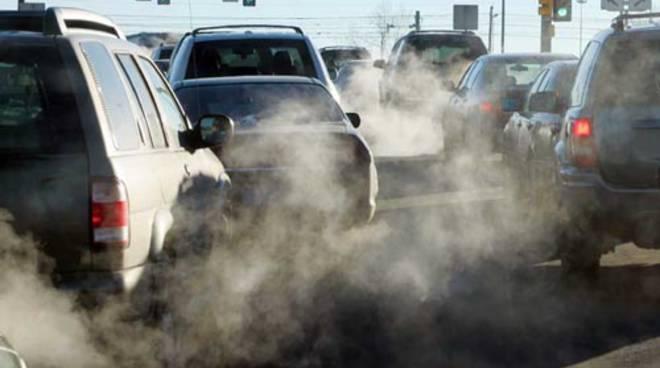 Brescia e Bergamo hanno il tasso di mortalità per smog più alto in Europa.