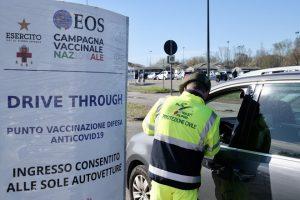 vaccini drive auto milano