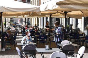 Ristoranti aperti anche al chiuso: la richiesta della Lombardia al Governo