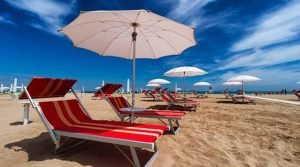 L'apertura delle spiagge è fissata per il 15 maggio. Siete pronti?