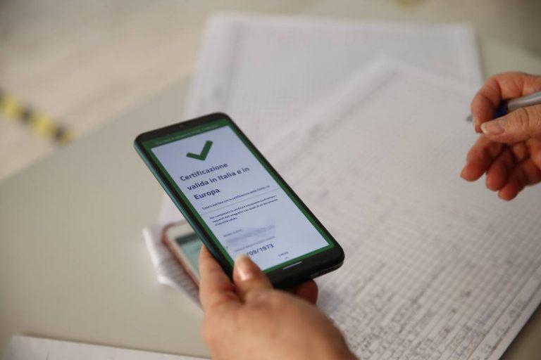 Green pass obbligatorio per tutti i lavoratori dal 15 ottobre
