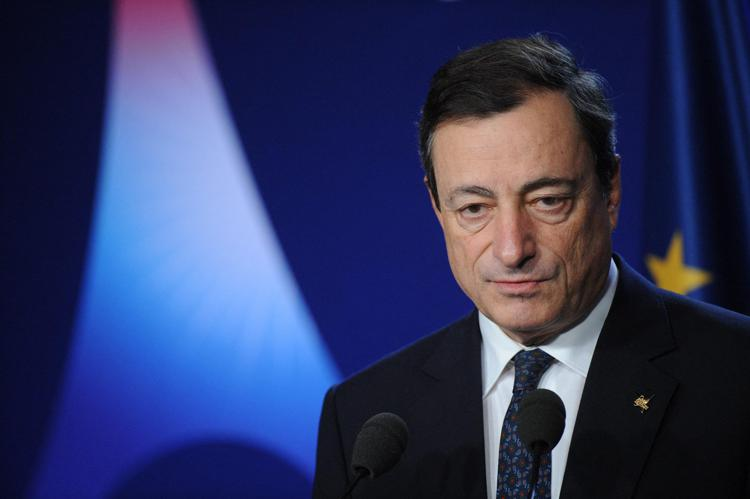 """Mario Draghi : """"Quadro economico di gran lunga migliore di come pensavamo. C'è fiducia nell'Italia"""""""