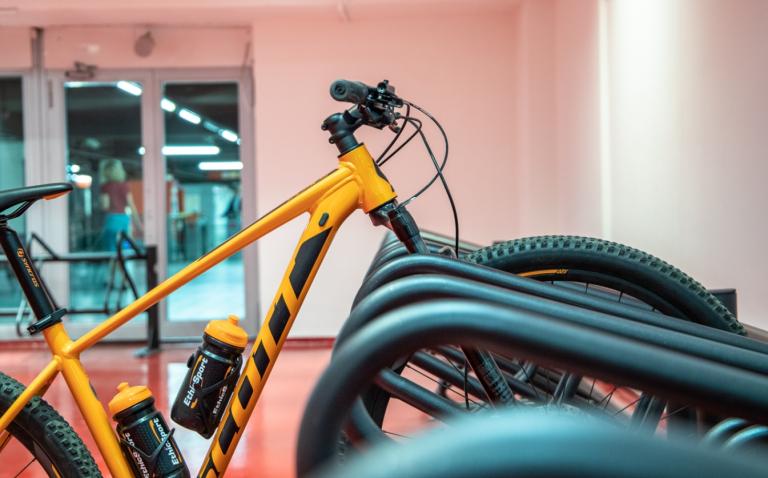 milano parcheggio bici metro