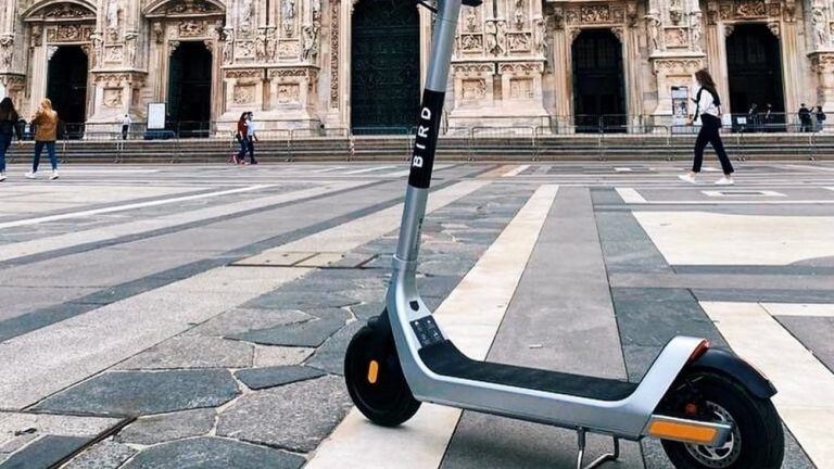 Milano elezioni monopattino